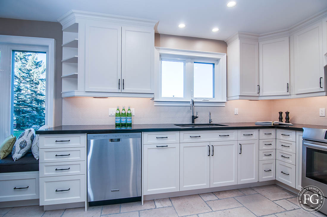 Kitchen025